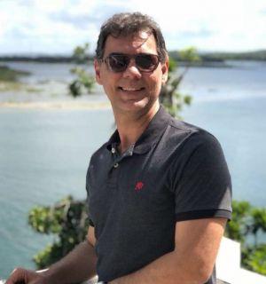 Roberto Lopes comemora aniversário nesta terça-feira, 1º de junho