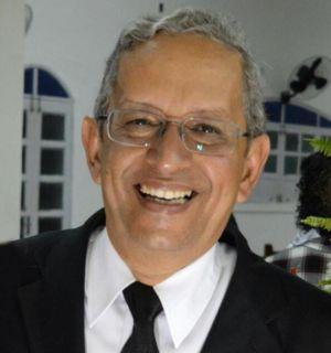 Pastor Carlos Gomes comemora idade nova nesta quinta, 12