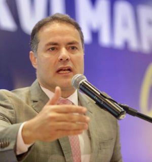 Governador Renan Filho festeja idade nova neste 8 de outubro