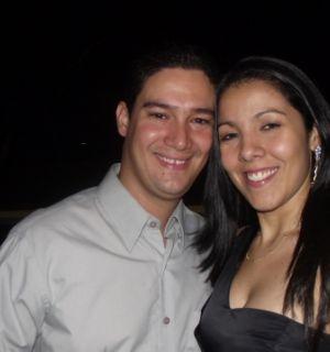 Marcelinho Pereira e Yara Baeta curtindo o noivado