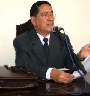 Dr. Raimundo Souza foi o festejado desta terça (08)