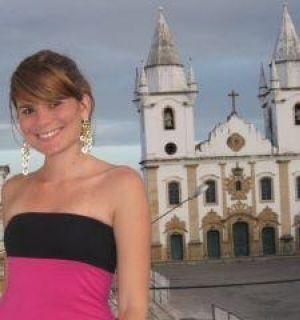 Secretária Eliana Cavalcante nos preparativos para Bom Jesus dos Navegantes